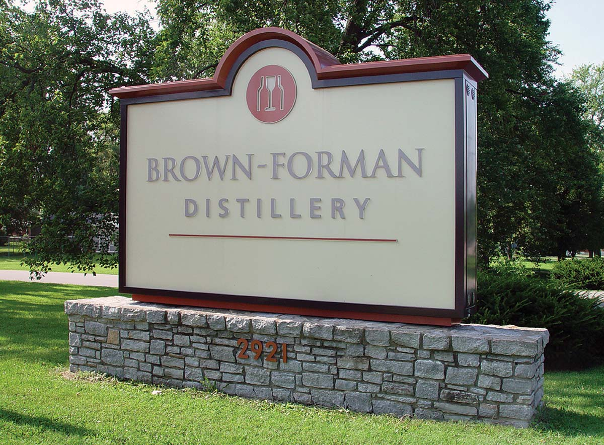 Brown_Forman_Distillery_Sign